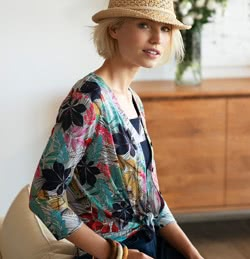 https://www.christine-laure.fr/media/wysiwyg/CARNET/blouse5.jpg